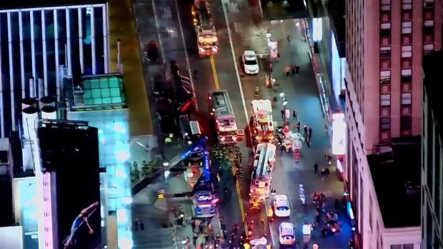 [TLMD - NY] Colapsa grúa en Manhattan