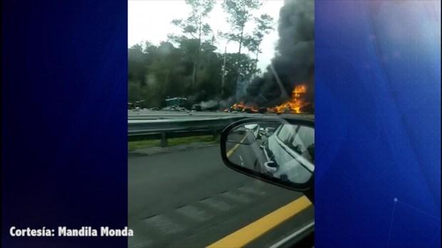 [TLMD - Tampa] Reportan múltiples muertes en un choque en la I-75