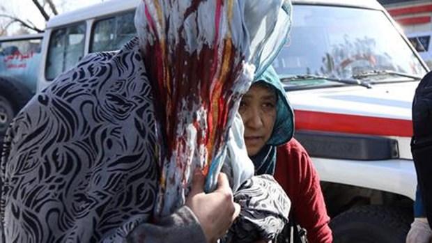 Otro implacable ataque talibán siembra la muerte en Kabul