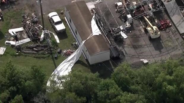 [TLMD - MIA] Ráfaga de viento voltea aviones en Florida