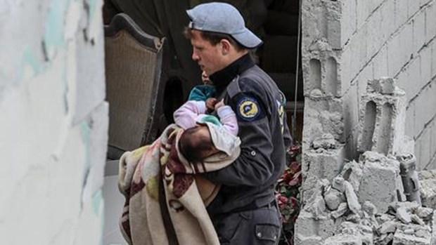 El infierno de las bombas que mata niños y familias