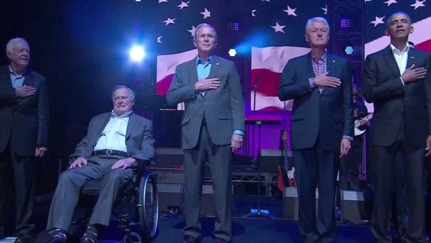 Expresidentes, juntos por concierto benéfico