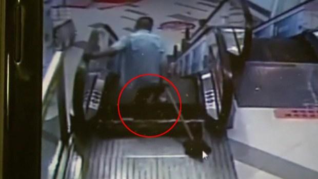 Fotos: Le amputan pierna tragada por escalera eléctrica