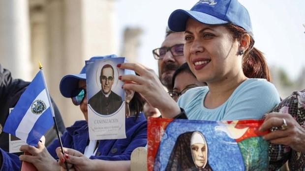 Júbilo por canonización de Oscar Romero