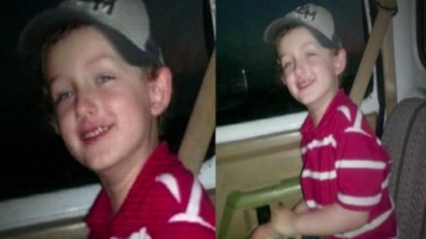 Acusan a policías por la muerte de niño autista durante tiroteo