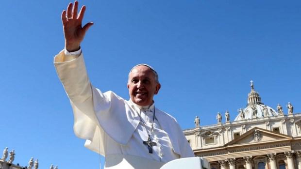 Papa Francisco habría pedido mascar coca en Bolivia