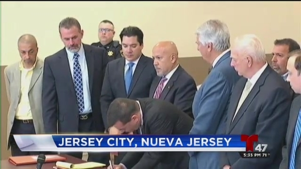 [TLMD - NY] Alcalde de Paterson en corte