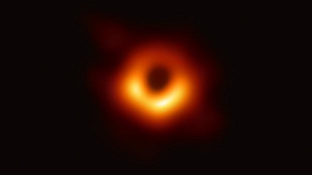 Cómo tomaron la primera foto del agujero negro