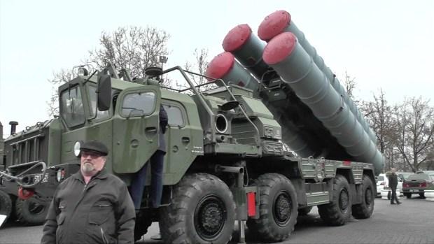 [TLMD - LV] Putin muestra sus misiles en Crimea