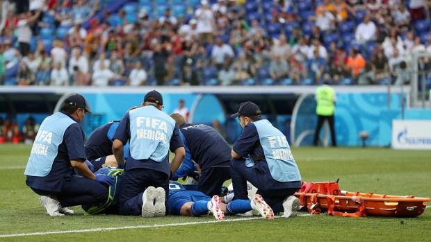 El rodillazo de Nigeria tras espectacular gol