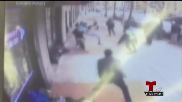 [TLMD - NY] Padre denuncia golpiza a estudiante de El Bronx