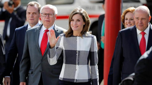 """""""Muy contenta"""" la reina Letizia en México y Peña Nieto le agradece"""