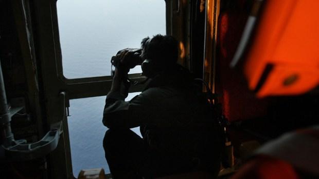 Video: Avión perdido: búsqueda internacional