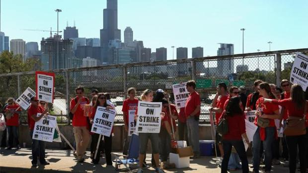 Video: Huelga de maestros en Chicago