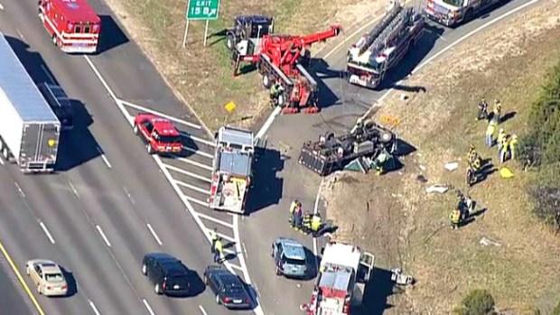 Video: Un herido por volcamiento en I-95