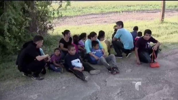 Video: 300 migrantes regresan a Honduras