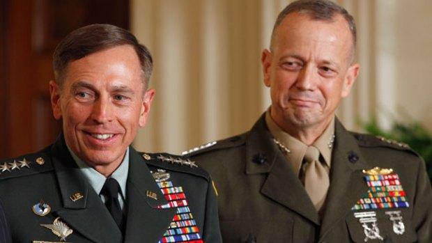 Galería: Más datos en escándalo Petraeus