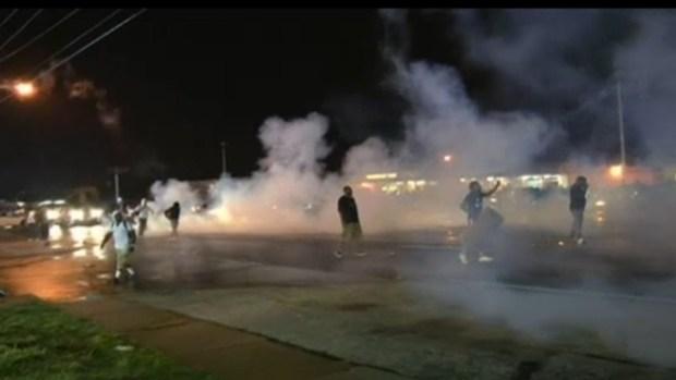 Video: Ferguson: Declaran estado de emergencia