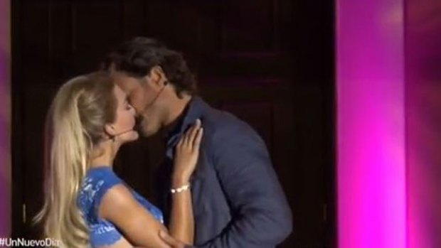 Video: Sebastián Rulli y Angelique, ¿juntos?