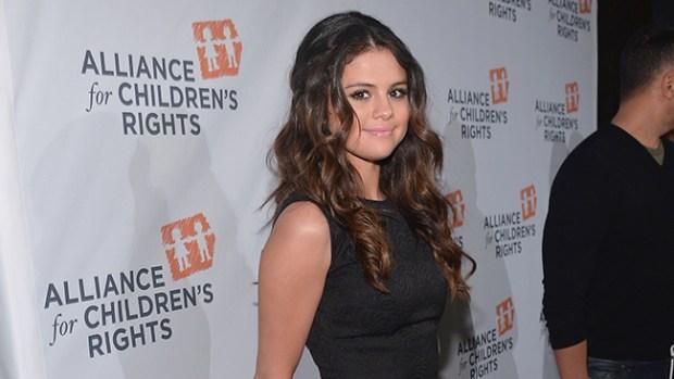 Video: En foto: Selena Gómez muestra su pezón