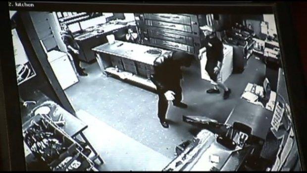 Video: Captado en video robo a pizzería