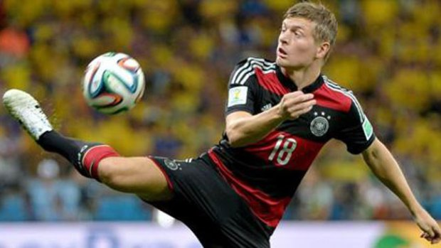 Video: Toni Kroos ya es del Real Madrid