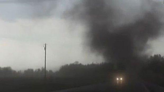 Video: Dos tornados barren zonas de Nebraska