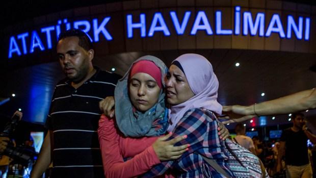 Ataques en Estambul: el dolor sacude de nuevo al mundo