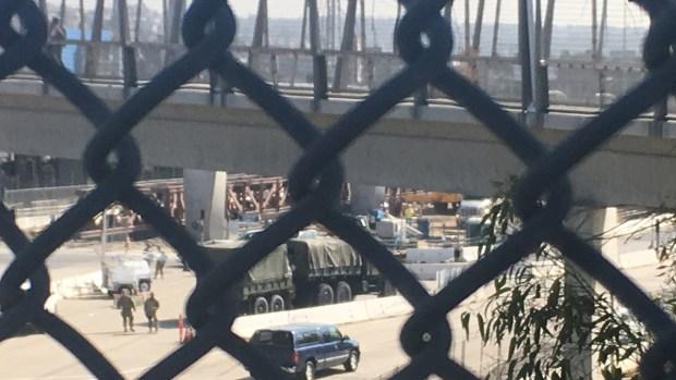 Militares en la frontera con México