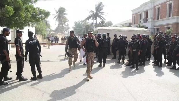 [TLMD - LV] Atentados en un bazar y un consulado chino causan decenas de muertos en Pakistán