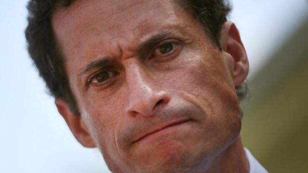 De legislador a reo: la historia de Anthony Weiner y sus textos eróticos