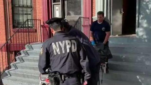 [TLMD - LV] Hispana brutalmente asesinada a puñaladas en su apartamento de NY