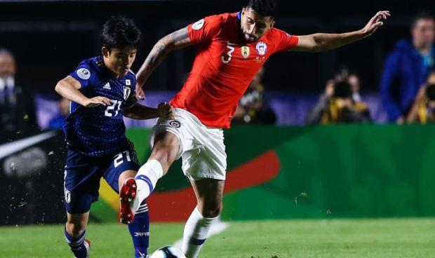 """[TLMD - National-LV] Tremendo túnel, el """"Messi japonés"""" muestra su genialidad ante Chile"""
