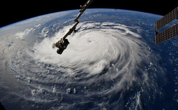 Por qué es tan inusual la trayectoria del huracán Florence