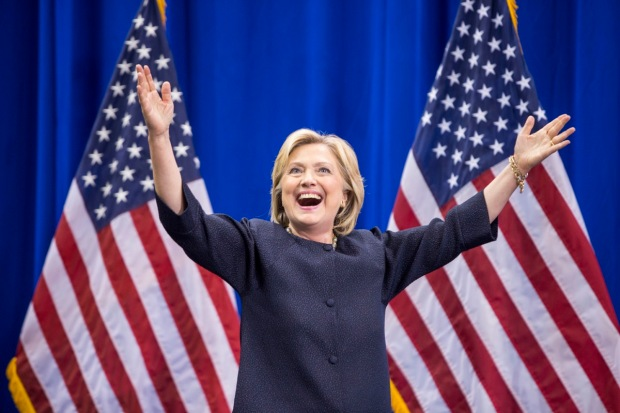 """Video: Hillary Clinton: """"No separaré familias"""""""