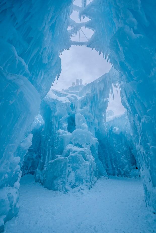 POR DENTRO: Abren los castillos de hielo en New Hampshire
