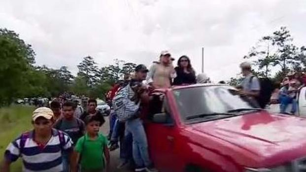 Avanza caravana migrante rumbo a EEUU