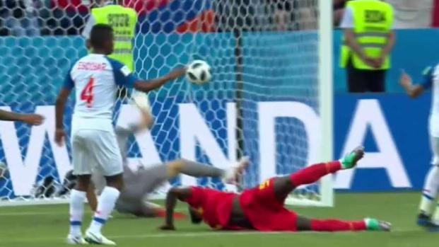 Bélgica apura y Lukaku mete el segundo de cabeza