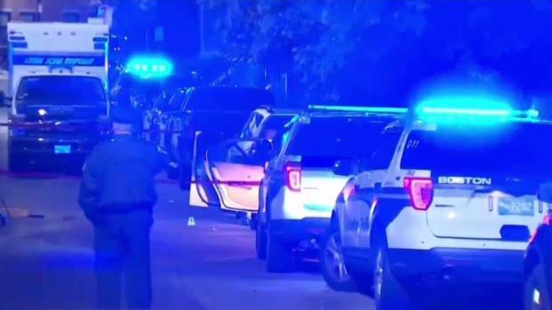 [TLMD - Boston] Joven asesinada tras octavo tiroteo en Massachusetts