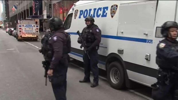 [TLMD - NY] NYPD blinda el Rockefeller Center al máximo