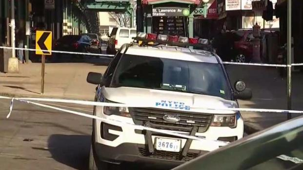 [TLMD - NY] NYPD investiga asesinato a puñaladas en bodega