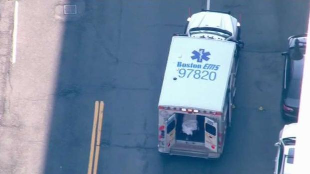 [TLMD - Boston] Paramédico apuñalado gravemente en Downtown Boston
