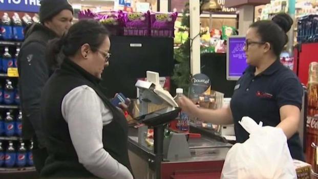 [TLMD - Boston] Preocupación por posible suspensión de cupones de alimentos