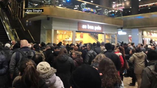CAÓTICO: Miles de pasajeros varados en Port Authority