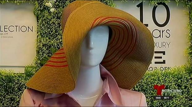Hombres vestidos de mujer roban lujosa tienda
