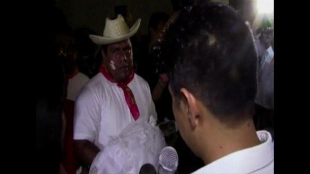 Alcalde en México se casa con cocodrilo