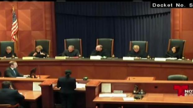 Padres adoptivos llevan su lucha al Tribunal Supremo