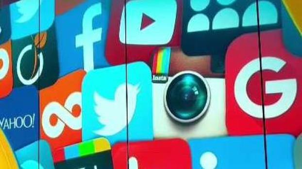 Trámites migratorios: cómo te afectaría el uso de redes sociales