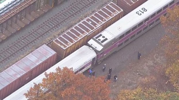 Video: Muere atropellada por tren en Lawrence