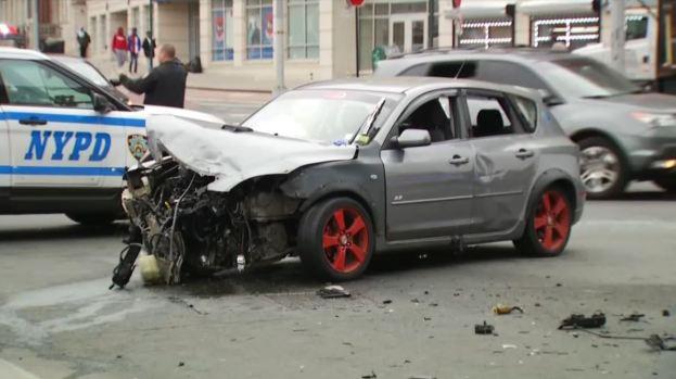 [TLMD - NY] NYPD: Al menos 6 heridos en accidente en El Bronx